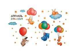 Naklejka na ścianę Zwierzęta Balony WS-0358
